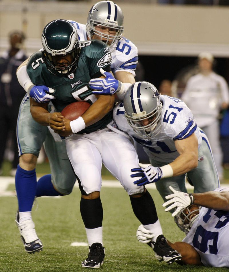 Eagles_Cowboys_Footballjpg_LR161194